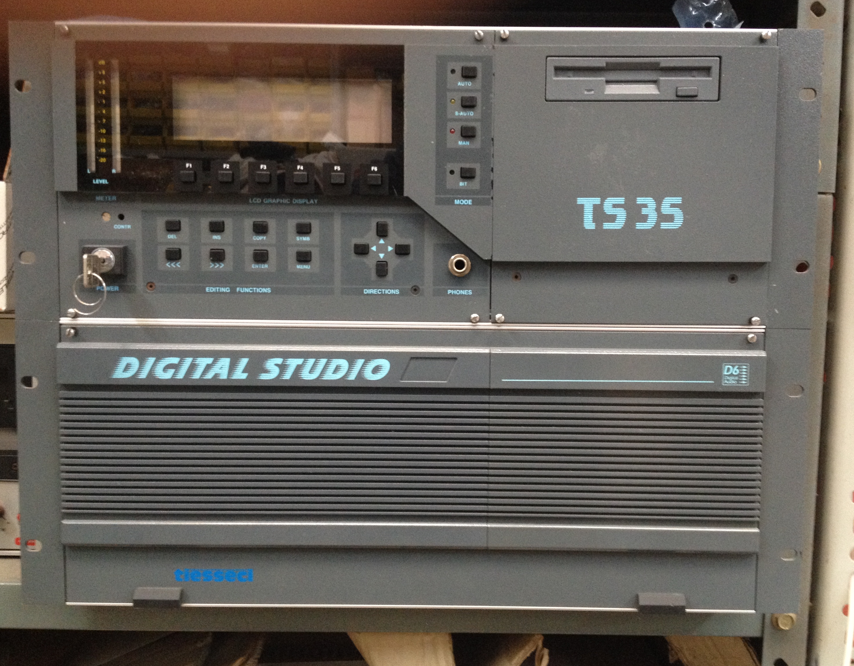 Digital Studio TS-35